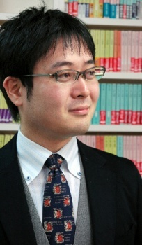 Хонобу Ёнэдзава